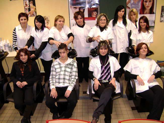 Milieux de travail - enseignement artistique - technique de coiffure